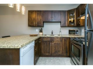 """Photo 6: 215 450 BROMLEY Street in Coquitlam: Coquitlam East Condo for sale in """"BROMLEY MANOR"""" : MLS®# R2030083"""