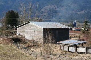 """Photo 3: 41666 DYKE Road in Mission: Dewdney Deroche House for sale in """"Deroche"""" : MLS®# R2142227"""