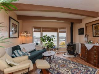 Photo 3: 5580 Horne St in UNION BAY: CV Union Bay/Fanny Bay Manufactured Home for sale (Comox Valley)  : MLS®# 774407
