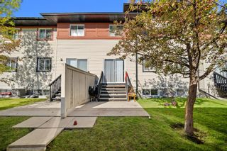 Photo 22: 38 Eversyde Common SW in Calgary: Evergreen Row/Townhouse for sale : MLS®# A1144628