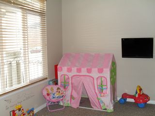 """Photo 10: 32624 STEPHEN LEACOCK DR in ABBOTSFORD: Abbotsford East House for rent in """"AUGUSTON"""" (Abbotsford)"""