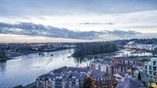 """Photo 7: 1704 1 RENAISSANCE Square in New Westminster: Quay Condo for sale in """"Q"""" : MLS®# R2539218"""