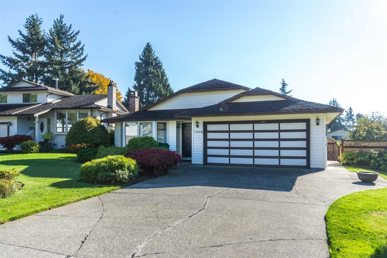 """Main Photo: 15304 85A Avenue in Surrey: Fleetwood Tynehead House for sale in """"Fleetwood"""" : MLS®# R2217891"""