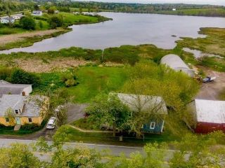 Photo 3: 247 Northwest Road in Lilydale: 405-Lunenburg County Residential for sale (South Shore)  : MLS®# 202113441