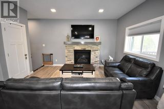 Photo 5: 132 Cache Percotte Cove in Hinton: House for sale : MLS®# A1125346