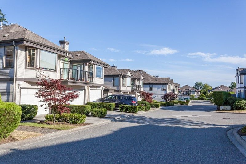 """Main Photo: 6 15840 84 Avenue in Surrey: Fleetwood Tynehead Townhouse for sale in """"FLEETWOOD GABLES"""" : MLS®# R2186187"""