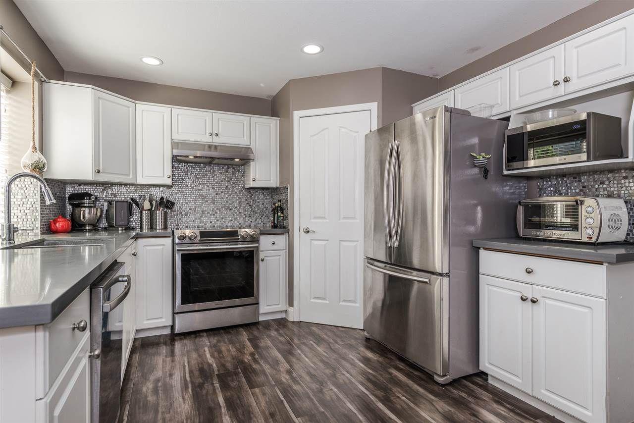 "Photo 5: Photos: 22231 CHALDECOTT Drive in Richmond: Hamilton RI House for sale in ""HMILTON"" : MLS®# R2217465"