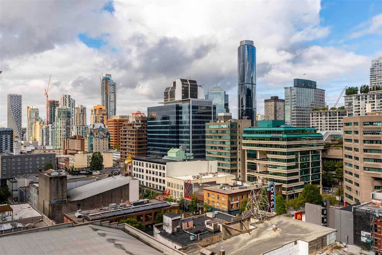 """Main Photo: 1206 833 SEYMOUR Street in Vancouver: Downtown VW Condo for sale in """"CAPITOL"""" (Vancouver West)  : MLS®# R2585861"""