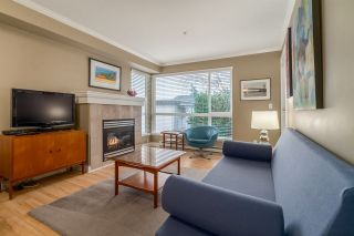 """Photo 2: 303 1617 GRANT Street in Vancouver: Grandview VE Condo for sale in """"Evergreen Place"""" (Vancouver East)  : MLS®# R2232192"""