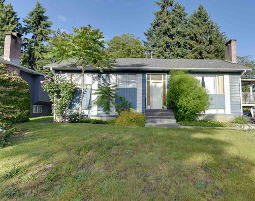 Main Photo: 157 MONTGOMERY Street in Coquitlam: Cape Horn House for sale : MLS®# R2397679