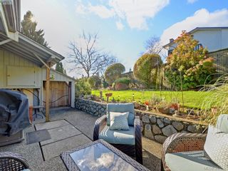 Photo 19: 11 1950 Cultra Ave in SAANICHTON: CS Saanichton Row/Townhouse for sale (Central Saanich)  : MLS®# 779044