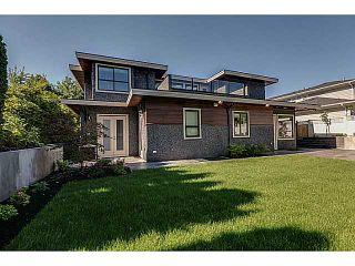 Photo 17: 574 SILVERDALE PL in North Vancouver: Upper Delbrook House for sale : MLS®# V1104305