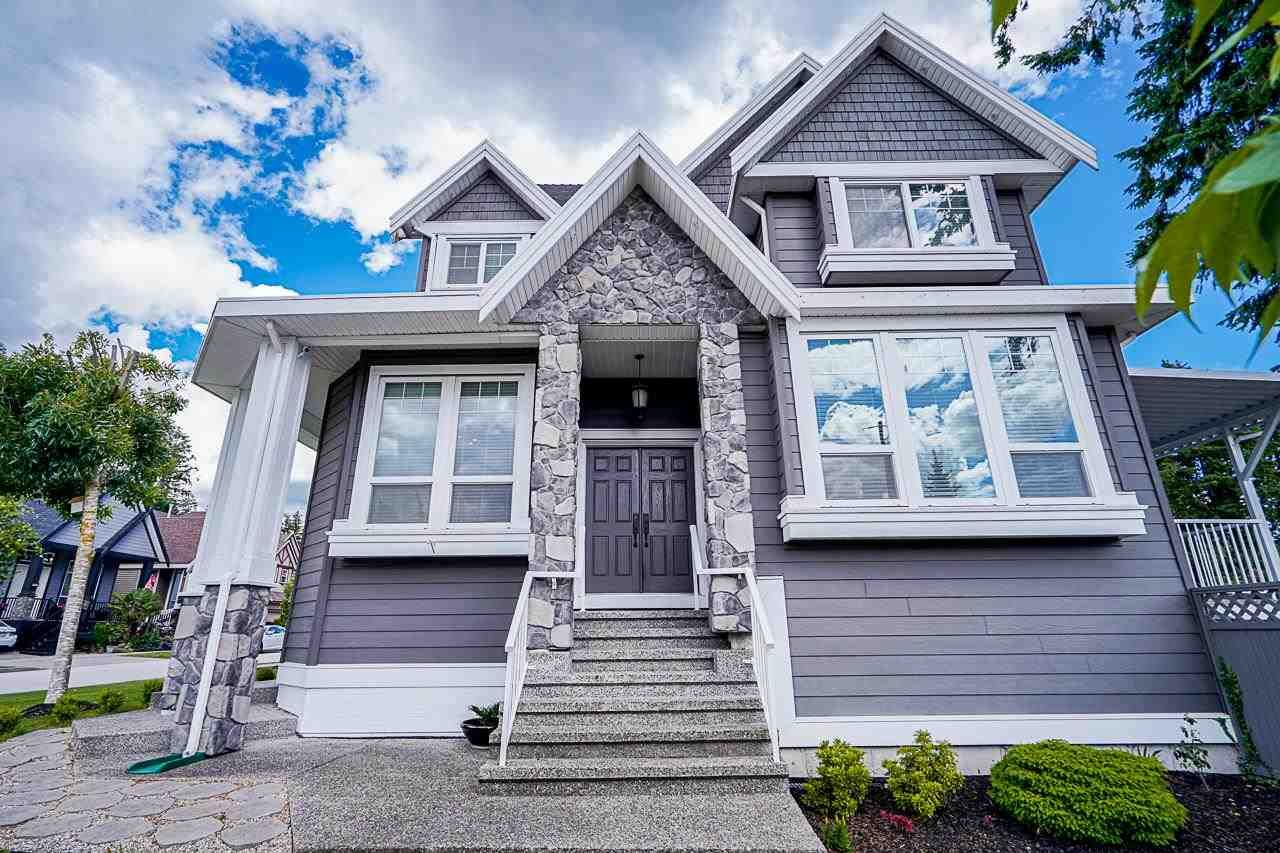 Main Photo: 12502 58A Avenue in Surrey: Panorama Ridge House for sale : MLS®# R2590463