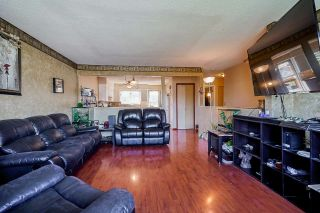 Photo 5: A 46520 ROLINDE Crescent in Chilliwack: Chilliwack E Young-Yale 1/2 Duplex for sale : MLS®# R2565387