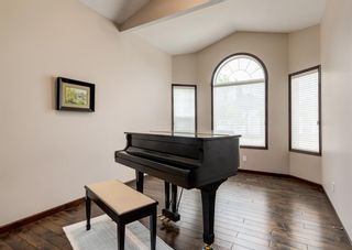 Photo 3: 25 Heritage Harbour: Heritage Pointe Detached for sale : MLS®# A1143093