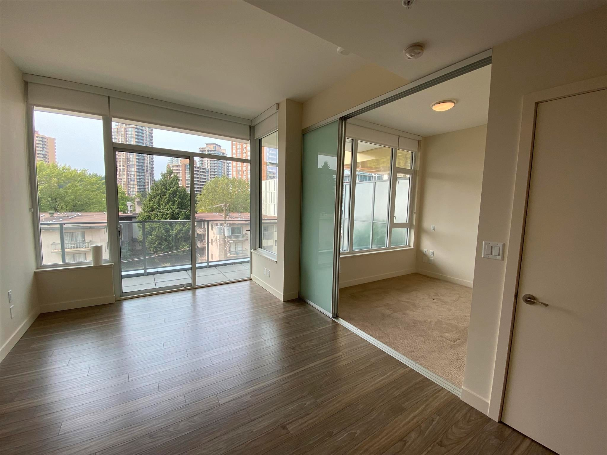 """Photo 11: Photos: 308 6288 CASSIE Avenue in Burnaby: Metrotown Condo for sale in """"GOLD HOUSE SOUTH TOWER"""" (Burnaby South)  : MLS®# R2606367"""