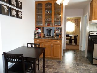 Photo 7: 330 Southall Drive in Winnipeg: Single Family Detached for sale : MLS®# 1604227