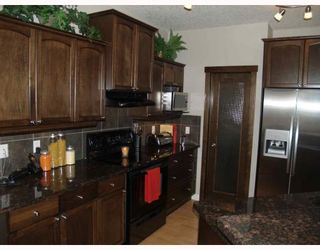 Photo 5: 203 Royal Ridge Mount NW in Calgary: Royal Oak Residential Detached Single Family for sale : MLS®# C3376574