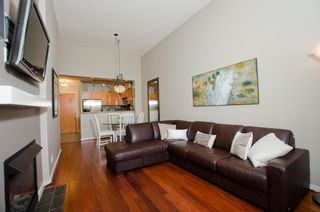 Photo 4: 122 2263 REDBUD Lane in Tropez: Home for sale