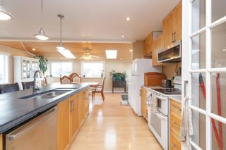 Photo 8: 2129 Malaview Ave in : Si Sidney North-East House for sale (Sidney)  : MLS®# 873421