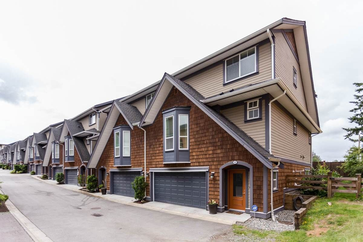 """Main Photo: 42 15977 26 Avenue in Surrey: Grandview Surrey Townhouse for sale in """"THE BELCROFT"""" (South Surrey White Rock)  : MLS®# R2178020"""