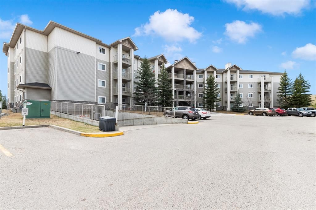 Photo 2: Photos: 205 5000 Somervale Court SW in Calgary: Somerset Apartment for sale : MLS®# A1101602