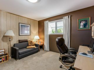 Photo 10: 4656 RAVINE Street in Vancouver: Collingwood VE House for sale (Vancouver East)  : MLS®# R2107811