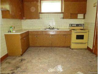 Photo 4: 265 Manitoba Avenue in WINNIPEG: North End Residential for sale (North West Winnipeg)  : MLS®# 1518790