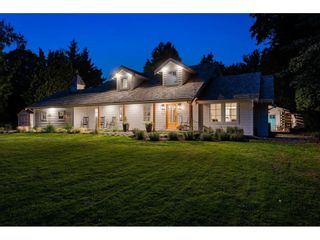 Main Photo: 2116 ORCHARD Drive in Abbotsford: Abbotsford East House for sale : MLS®# R2618522