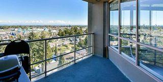 "Photo 14: 1302 14881 103A Avenue in Surrey: Guildford Condo for sale in ""Sunwest Estates"" (North Surrey)  : MLS®# R2266933"