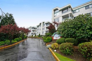 "Photo 13: 101 33030 GEORGE FERGUSON Way in Abbotsford: Central Abbotsford Condo for sale in ""Carlise"" : MLS®# F1446817"