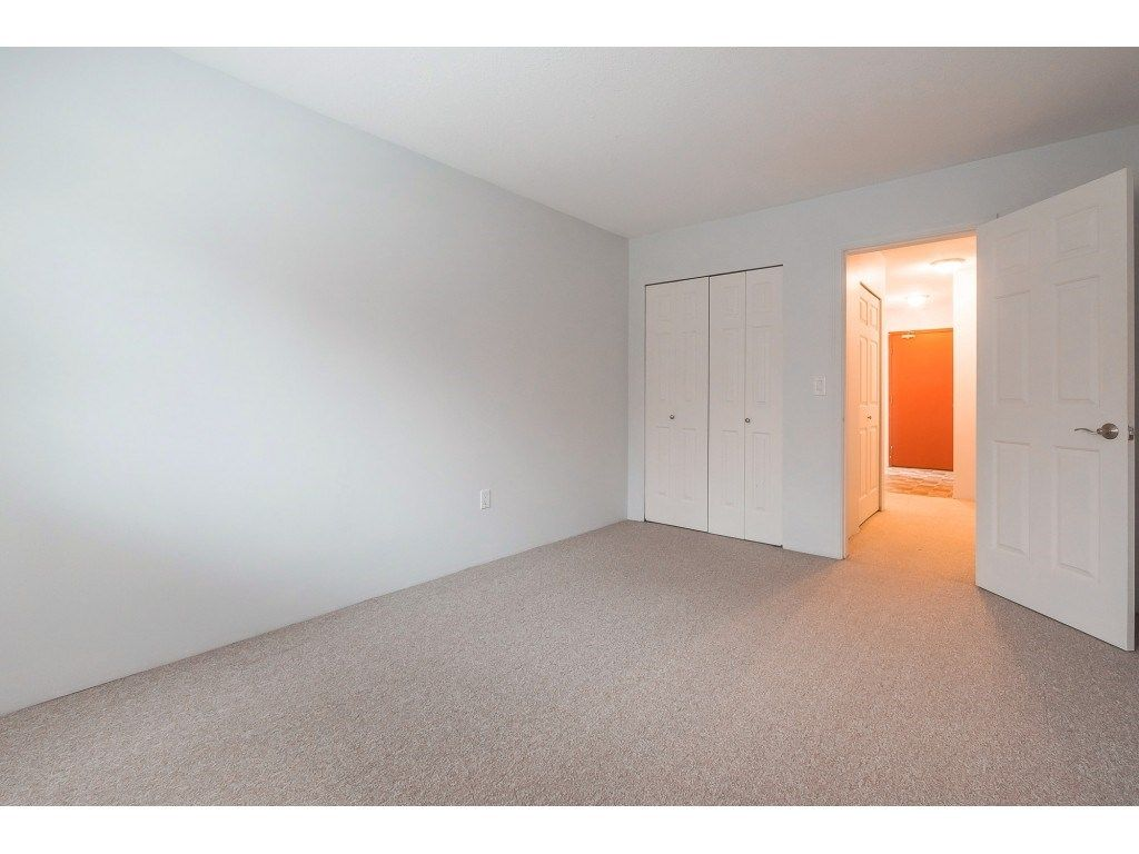 "Photo 16: Photos: 309 2684 MCCALLUM Road in Abbotsford: Central Abbotsford Condo for sale in ""Ridgeview"" : MLS®# R2358265"