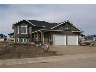 Photo 1: 414 Hogan Way: Warman Single Family Dwelling for sale (Saskatoon NW)  : MLS®# 390772