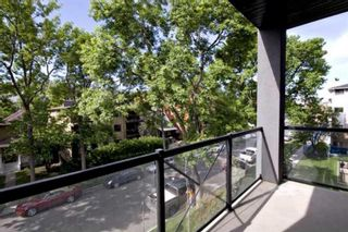 Main Photo: 301 910 18 Avenue SW in Calgary: Lower Mount Royal Apartment for sale : MLS®# A1133782