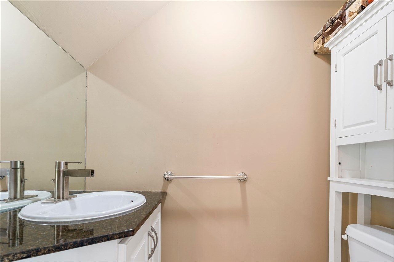 Photo 14: Photos: C 229 W 5TH Street in North Vancouver: Lower Lonsdale 1/2 Duplex for sale : MLS®# R2589308