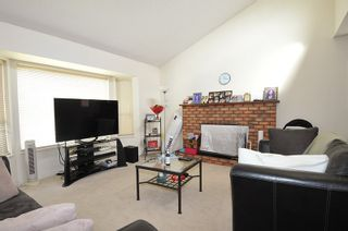 Photo 3: 5216 SMITH Avenue in Burnaby: Central Park BS 1/2 Duplex for sale (Burnaby South)  : MLS®# R2541790