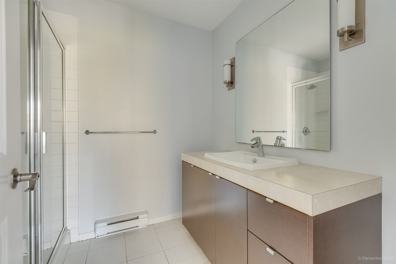 """Photo 17: Photos: 39 101 FRASER Street in Port Moody: Port Moody Centre Townhouse for sale in """"CORBEAU"""" : MLS®# R2410507"""