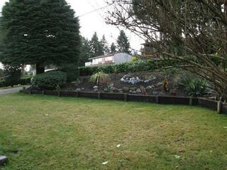 Photo 16: 3055 DAYBREAK AVENUE in Coquitlam: Home for sale