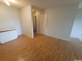Photo 2: 205 529 X Avenue South in Saskatoon: Meadowgreen Residential for sale : MLS®# SK855704