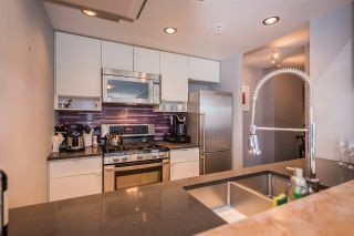 """Photo 11: 2508 928 BEATTY Street in Vancouver: Yaletown Condo for sale in """"The Max"""" (Vancouver West)  : MLS®# R2297790"""