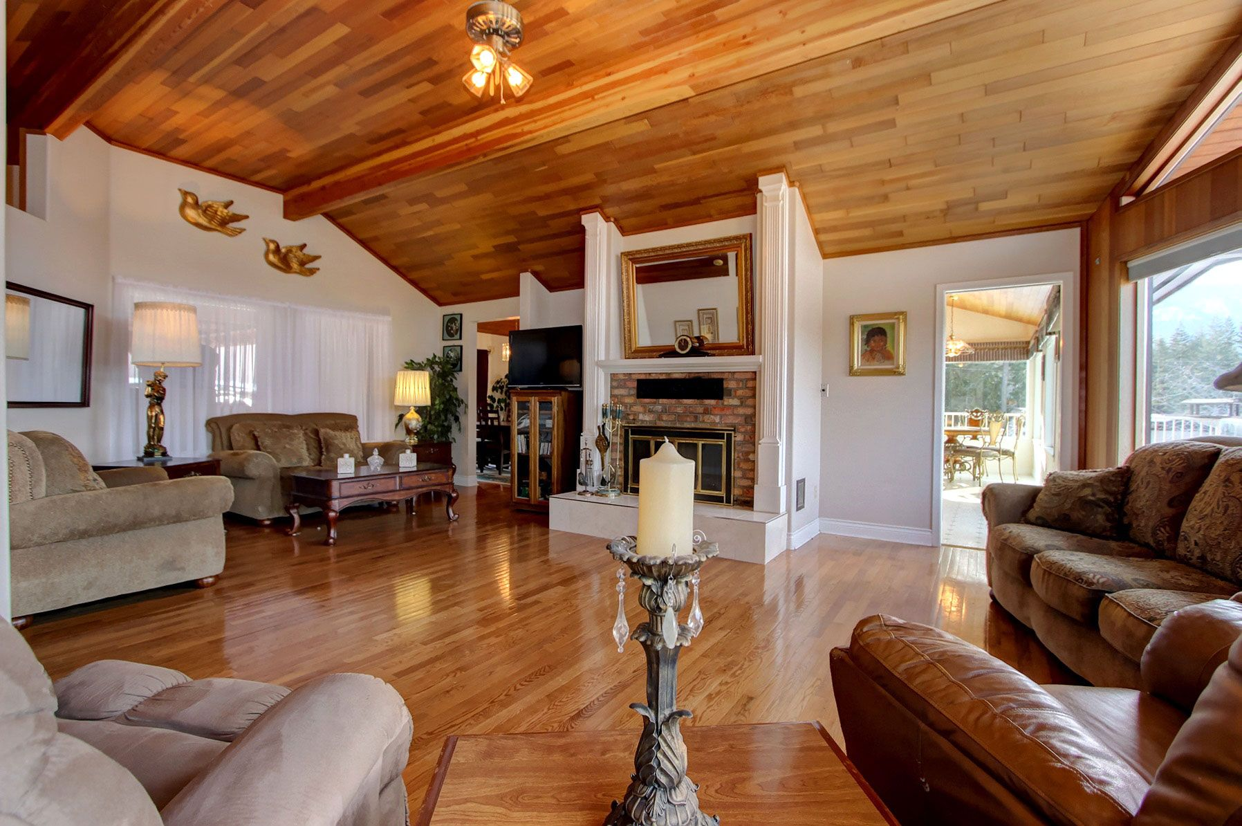 Photo 22: Photos: 1350 Trans Canada Highway in Sorrento: House for sale : MLS®# 10225818