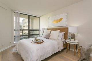 """Photo 10: 1321 938 SMITHE Street in Vancouver: Downtown VW Condo for sale in """"ELECTRIC AVENUE"""" (Vancouver West)  : MLS®# R2338618"""