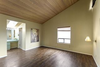 Photo 15: 2544 BLUEBELL Avenue in Coquitlam: Summitt View House for sale : MLS®# R2625984