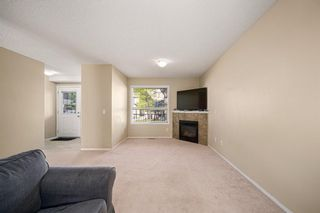 Photo 10: 38 Eversyde Common SW in Calgary: Evergreen Row/Townhouse for sale : MLS®# A1144628