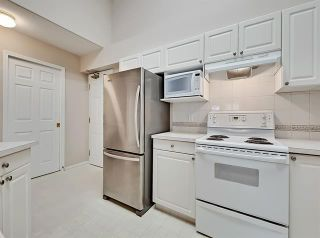 Photo 3: 316 2850 51 Street SW in Calgary: Glenbrook Apartment for sale : MLS®# C4302527