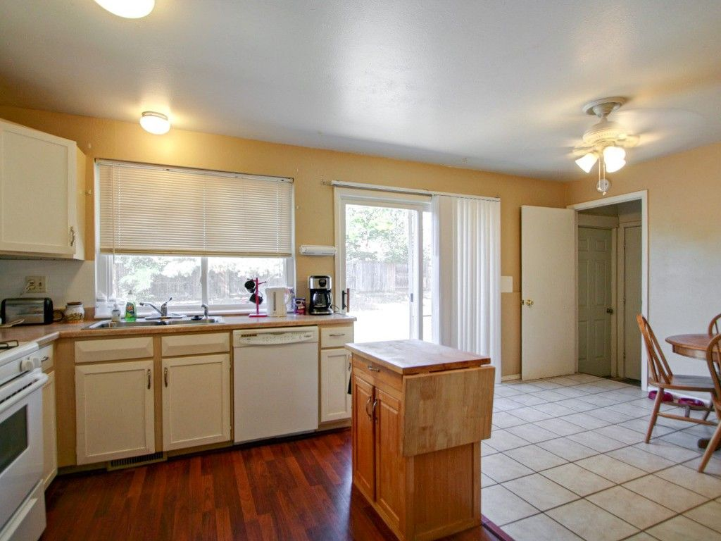 Photo 6: Photos: 16328 E. Brunswick Place in Aurora: House for sale (Meadowood)  : MLS®# 1217376