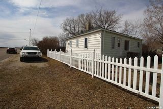 Photo 3: 317 2nd Avenue East in Watrous: Residential for sale : MLS®# SK849485