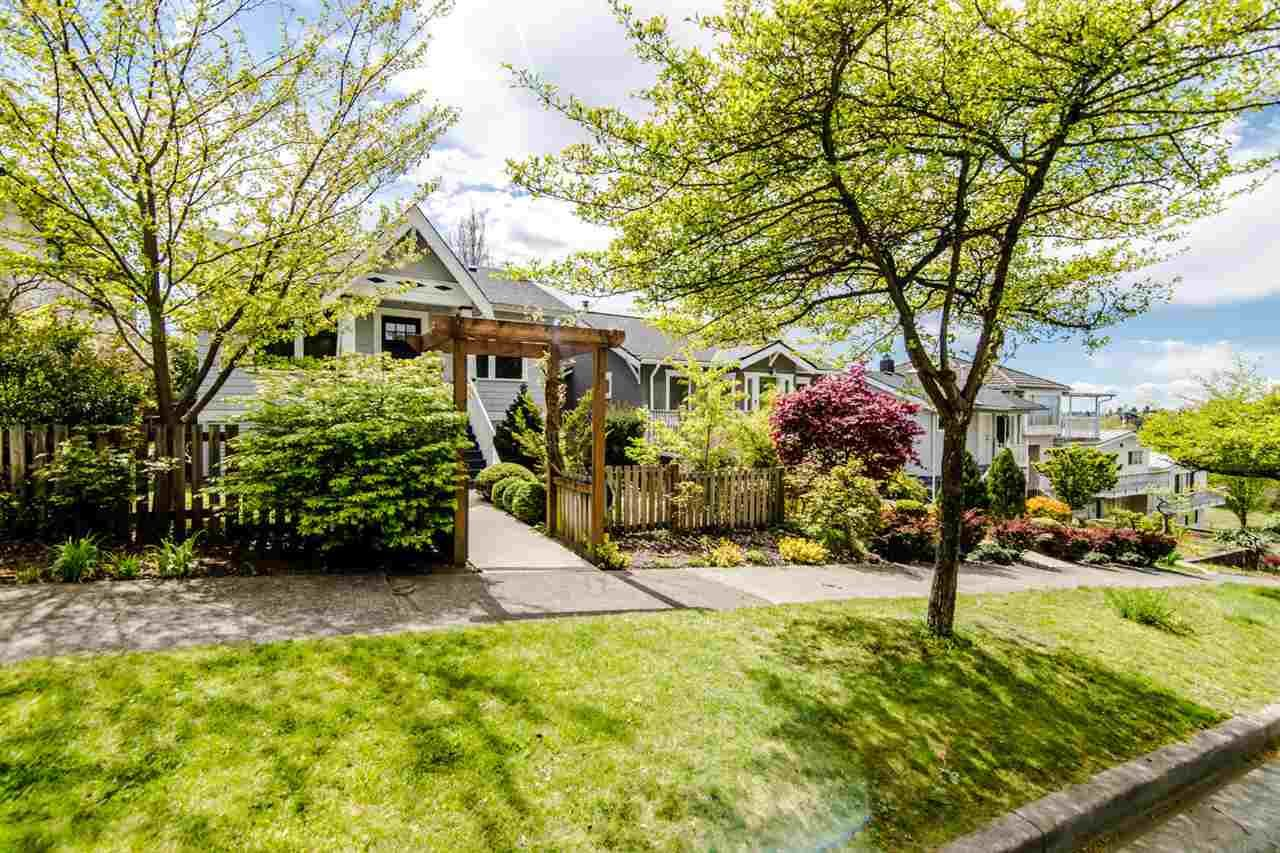 Main Photo: 3438 PANDORA Street in Vancouver: Hastings Sunrise House for sale (Vancouver East)  : MLS®# R2364938
