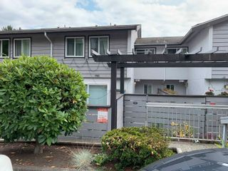 Main Photo: 981 HOWIE Avenue in Coquitlam: Central Coquitlam Townhouse for sale : MLS®# R2611807