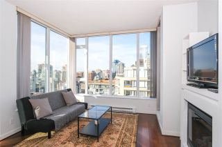 "Photo 3: PH2404 1010 RICHARDS Street in Vancouver: Yaletown Condo for sale in ""Gallery"" (Vancouver West)  : MLS®# R2420892"